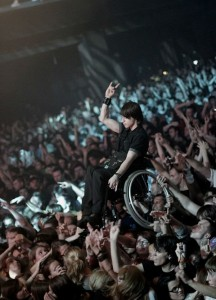 korn-concert-in-moscow-guy-in-wheel-chair